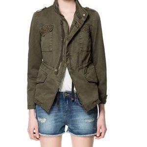 🎉🎉HP🎉🎉 ZARA Studded Jacket with pockets